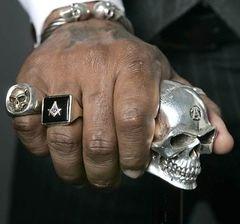 240px-Masonicskull